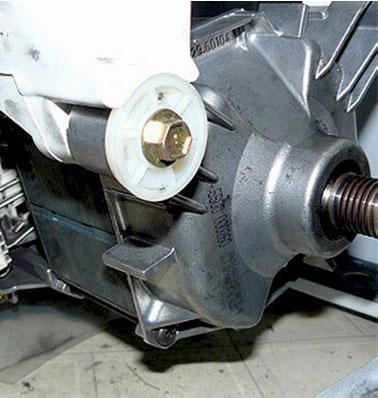 Замена щеток в двигателе стиральной машины